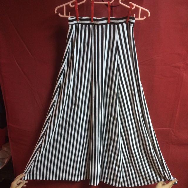 黑白直條紋棉質長裙