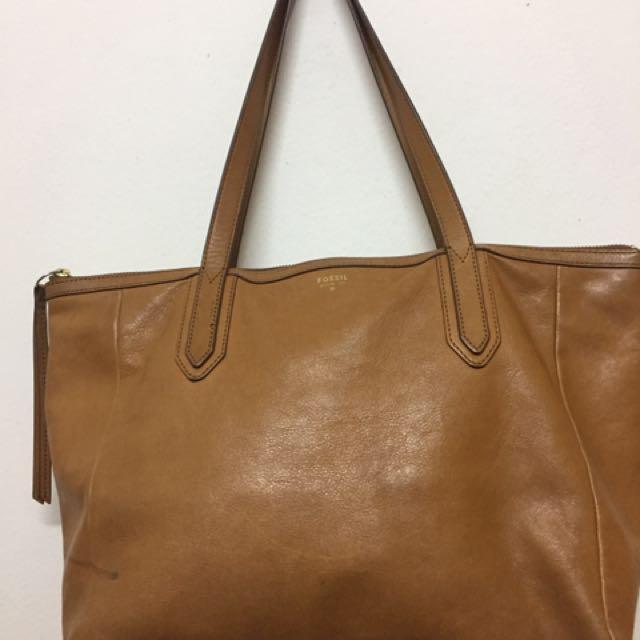 516fce54783a4 Authentic Fossil Sydney Shopper Bag - Camel (Preloved)