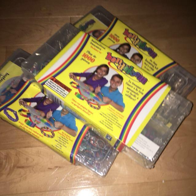 Bandaloom ( off brand of rainbow loom )