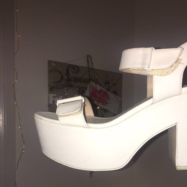 betts for her, white platform heels