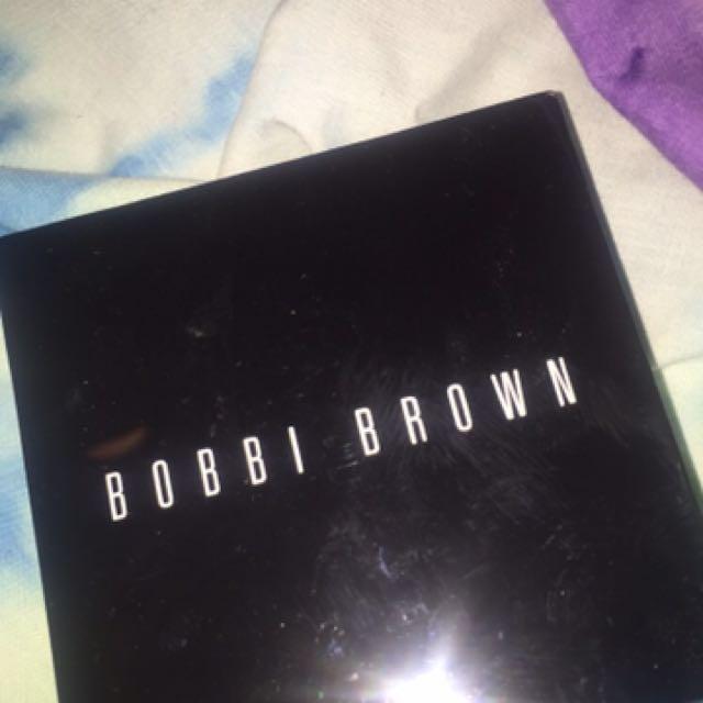 Bobbi Brown Pressed Powder