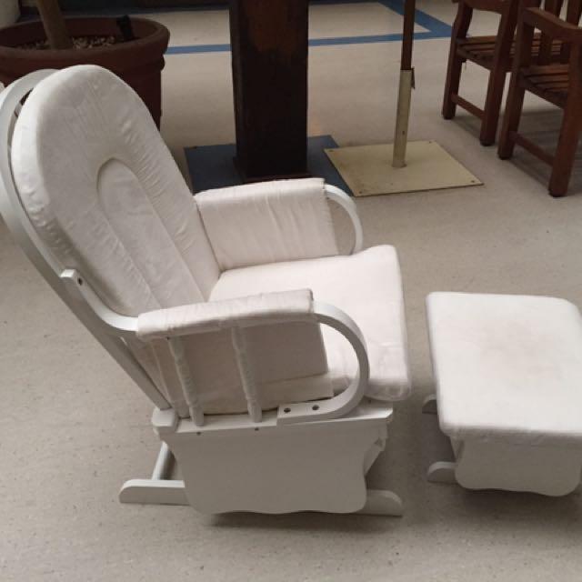Breast feeding chair