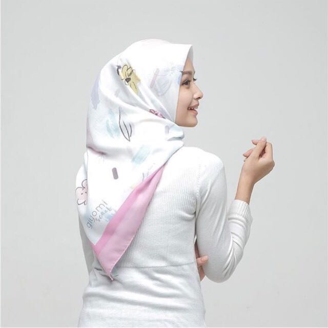 Calla pastel scarf by giyomi