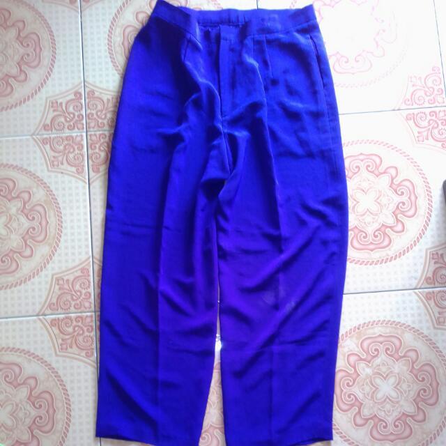 celana bahan ungu