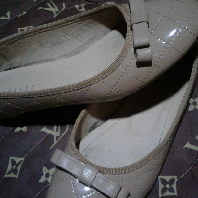 Chelsea flat shoes