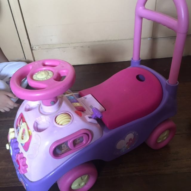 Disney princess ride-on car
