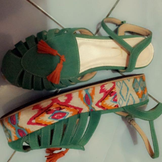 Dnc platform sandal