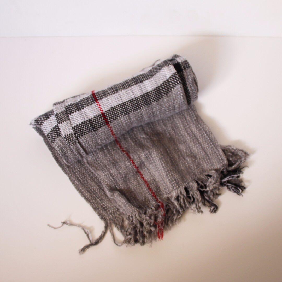 Grey scarf