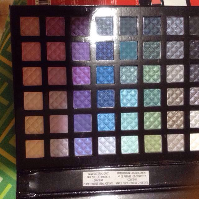 Lourde and Taylor makeup palette