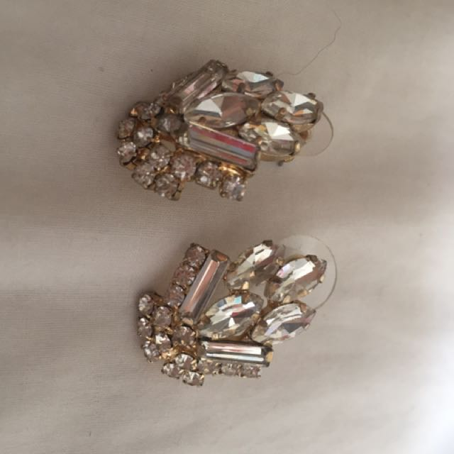 Lovisa diamanté earrings