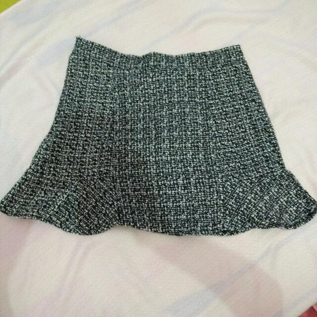 Mermaid Skirt Grey Pattern