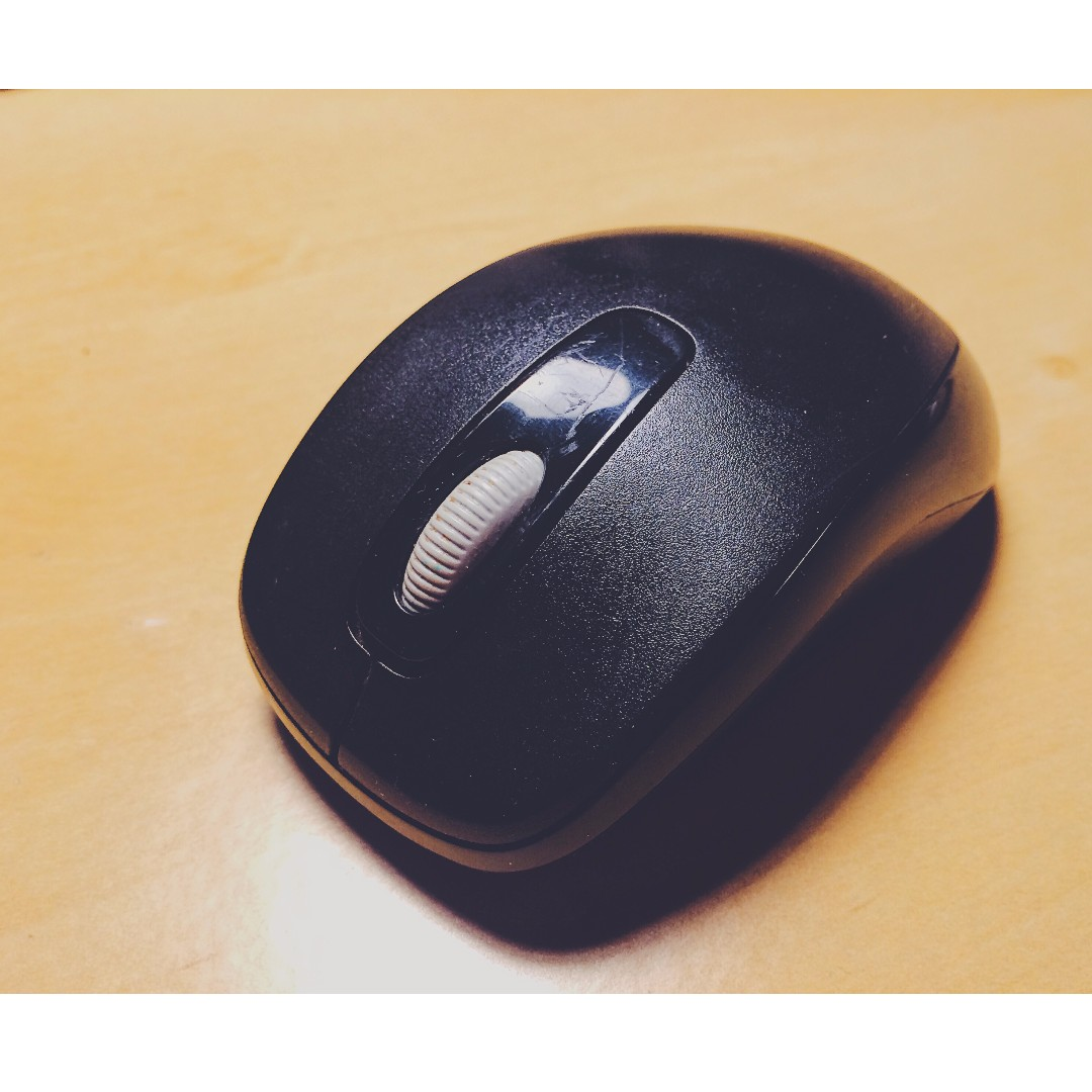 fa38d1a5e7c Microsoft Wireless Mobile Mouse 1000, Electronics, Computer Parts &  Accessories on Carousell