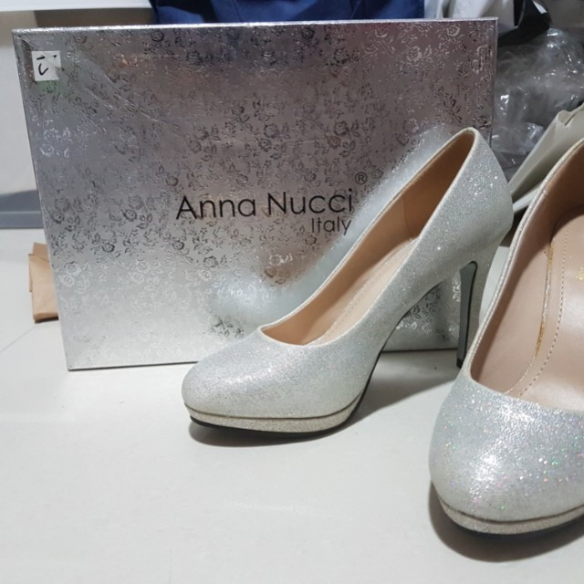 eccbd0734a8 Preloved only worn once Anna Nucci silver heels