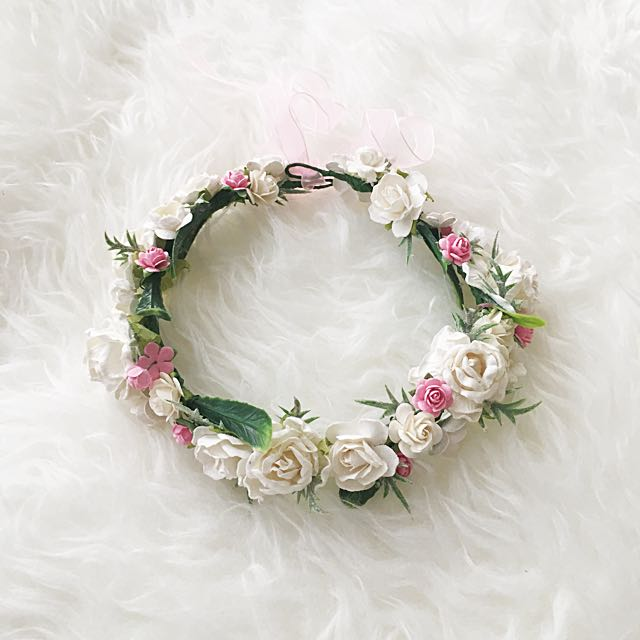 Rustic pretty flower crown