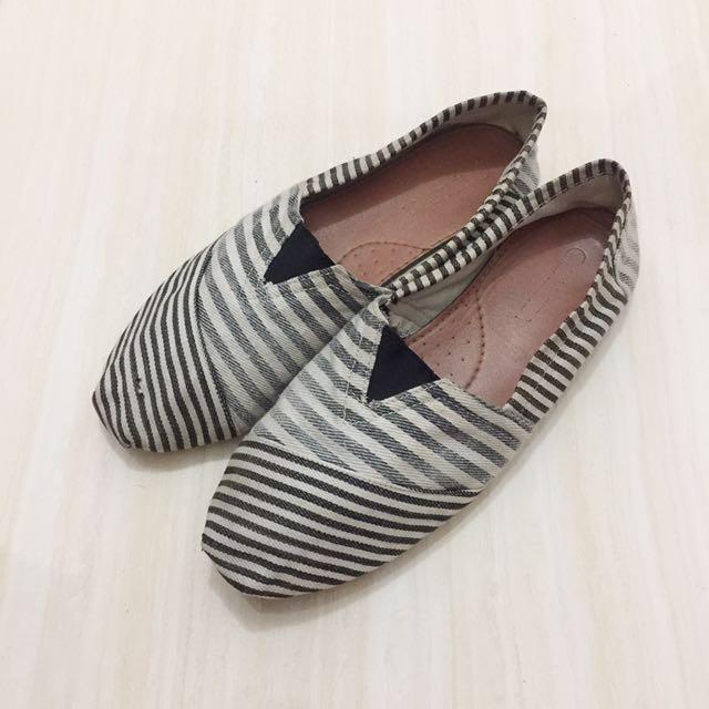 Sepatu zalora / slipon shoes zalora