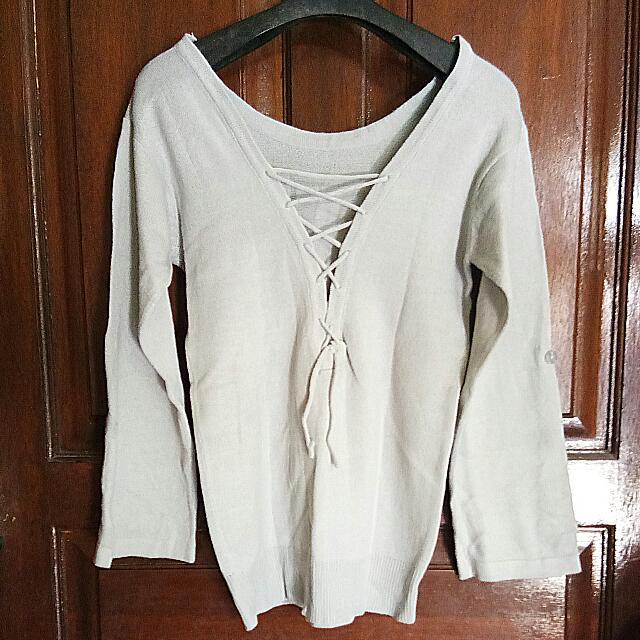 Sweater Tali