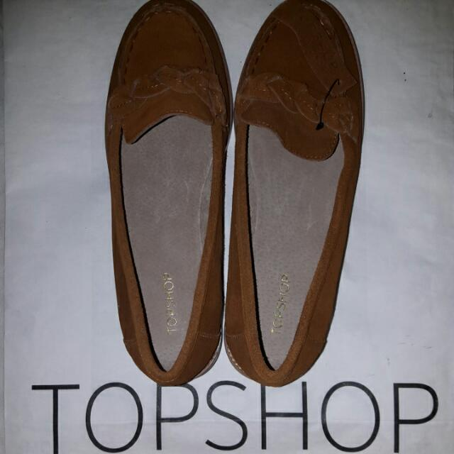 Topshop Vintage Style Tan Loafers