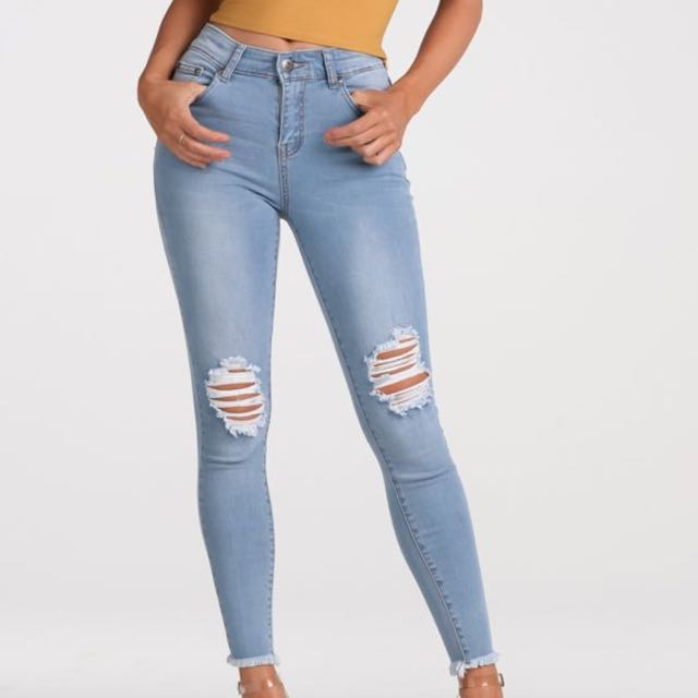 Wakee Jeans   Size 6