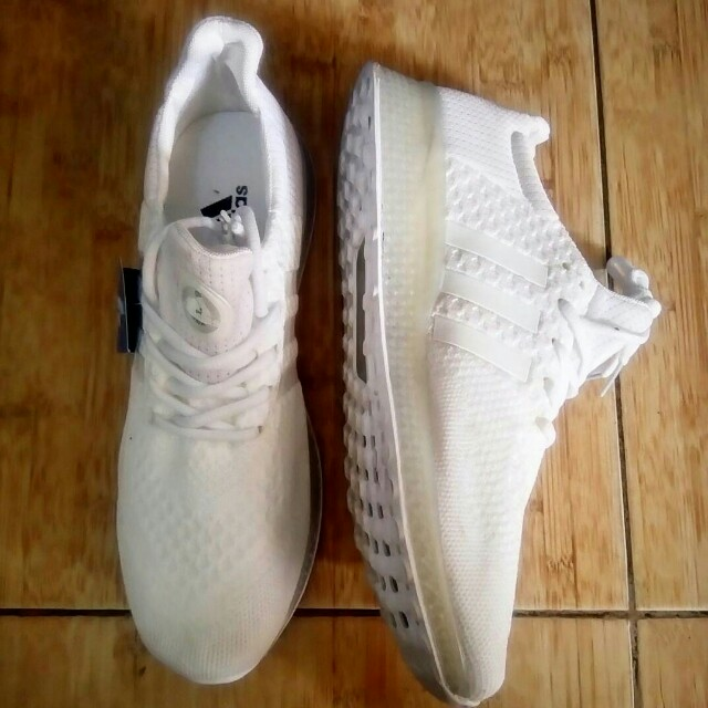 White adidas shoes ❤
