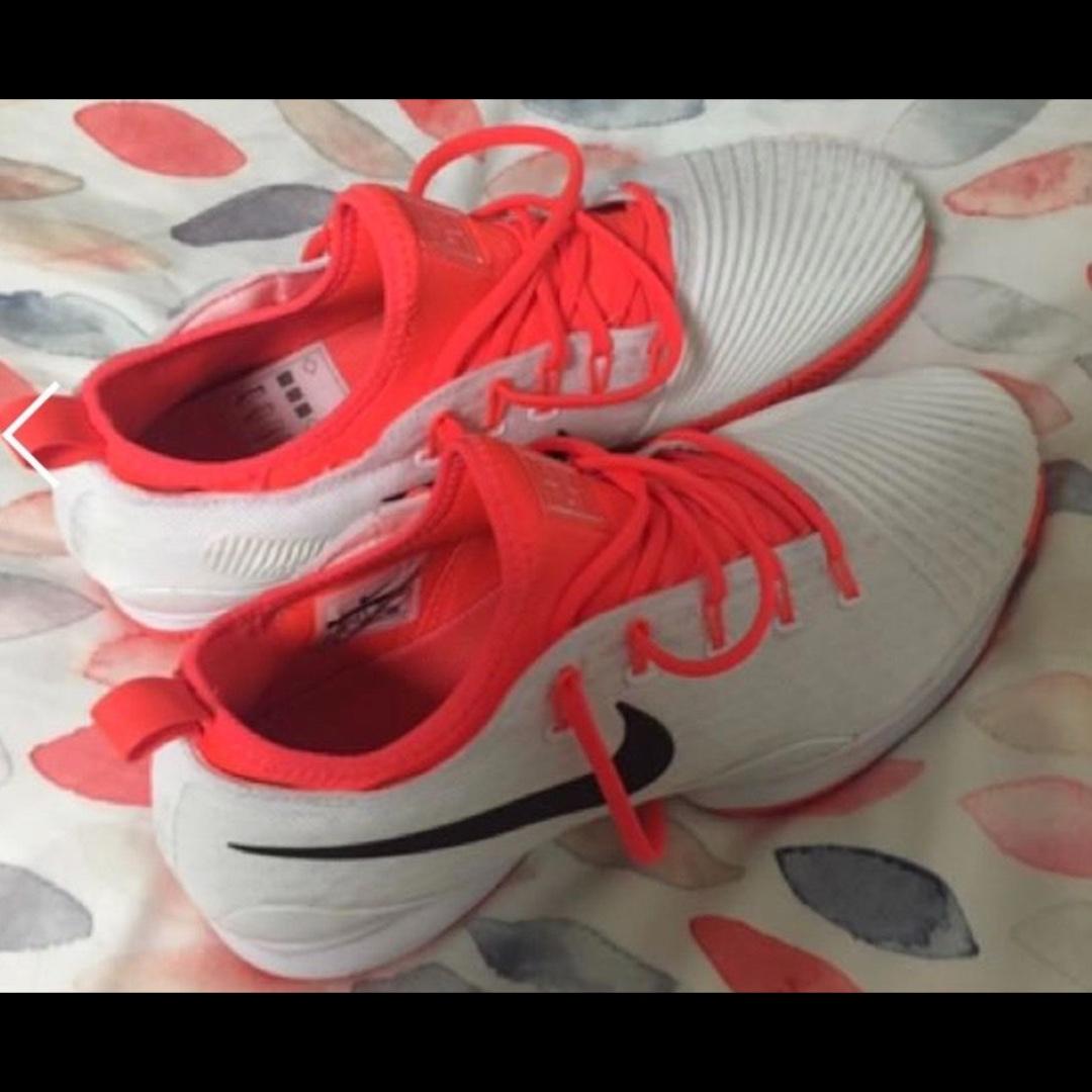Womens Nikes (Size 11)