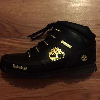 Authentic Timberland Black/Gold
