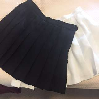 American apparel tennis skirt black only