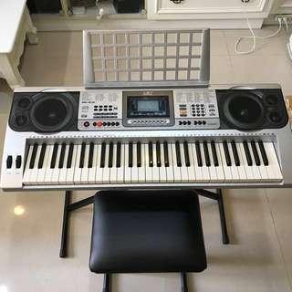 九成新電子琴+琴架+椅子