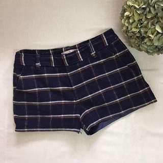 Collect point 秋冬深藍格仔毛呢厚短褲
