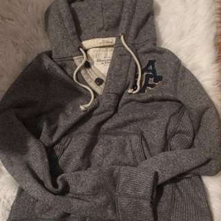 Abercombie and fitch thick pull over
