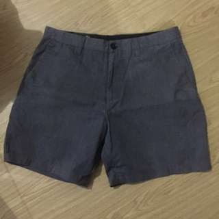 Original Volcom shorts size 32