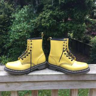 Yellow Doc Martians