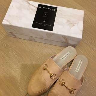 Air Space拖鞋