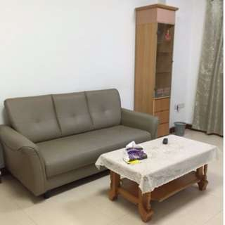 For Rent - spacious  HDB 3 room flat @ 23 Teban Gardens Road