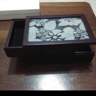 Umbra Jewelry Box