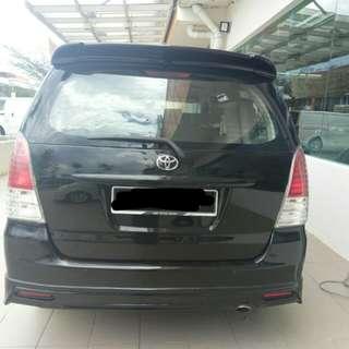 Toyota Innova (M)