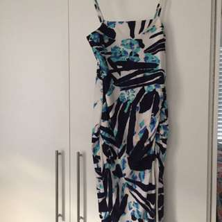 Kookai Midi Blue and White Pattern Dress Size 2