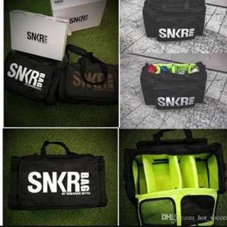 SNKR bag