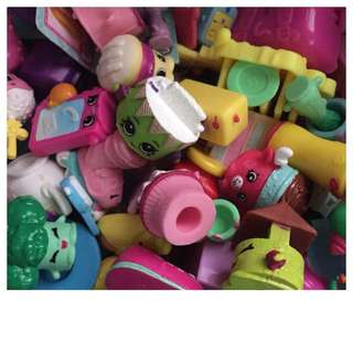 Any shopkins lovers here?