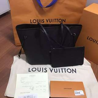 As new Louis Vuitton Neverfull Epi Leather