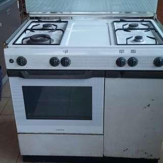 Ariston Kompor Freestanding Cooker 4 Tungku