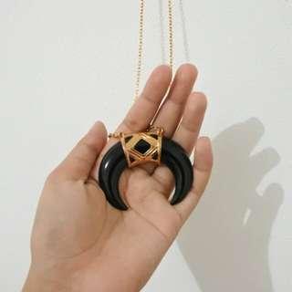 Kalung/ Necklace Vintage Hitam Black