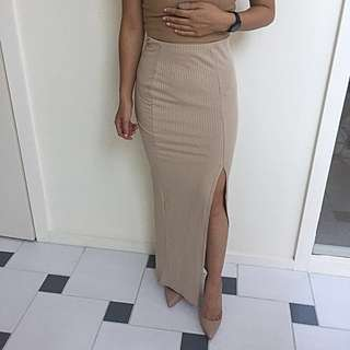 Missguided Tan Ribbed Maxi Skirt Slit Leg AU 6