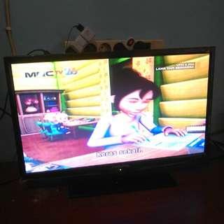 """TV LED 22"""" ChangHong+Breket"""