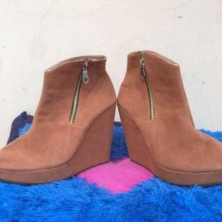 Boots coklat 36