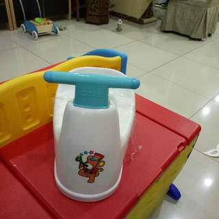 Potty train japan
