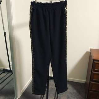 Finders Keepers Pants Sz M