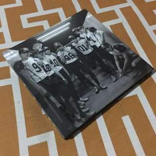 EXO Love Me Right Repackaged (Mandarin version)