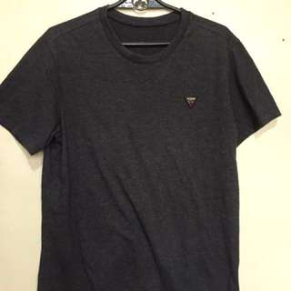Guess Small triangle logo tee