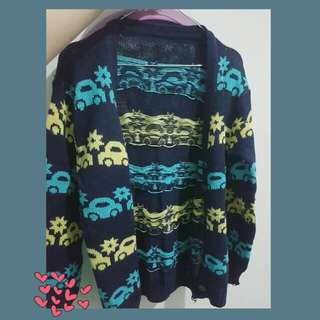 Sweater rajut motif