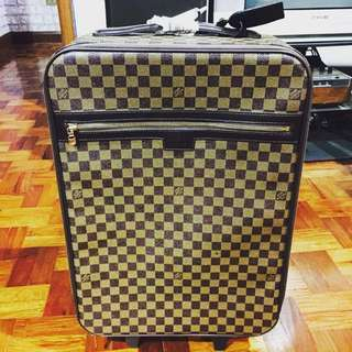 Louis Vuitton Lv Trolley Luggage Bag